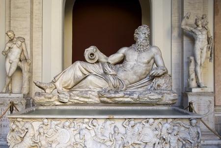 バチカン市国の古代古典ギリシャ語大理石の彫刻
